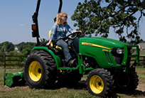 2032R Compact Utility Tractor (2016)